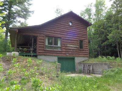 Menominee County Single Family Home For Sale: N2880 North L-1 Ln