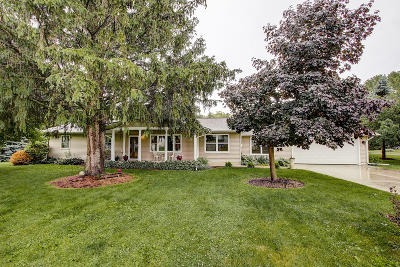 Genoa City Single Family Home Active Contingent With Offer: W1219 Beechwood Rd