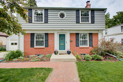 Whitefish Bay Single Family Home Active Contingent With Offer: 5260 N Idlewild Ave