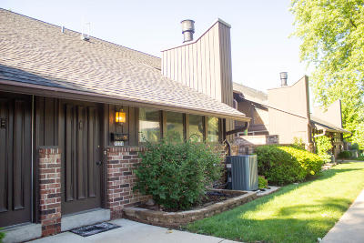 Greenfield Condo/Townhouse Active Contingent With Offer: 5224 Woodbridge Ln S