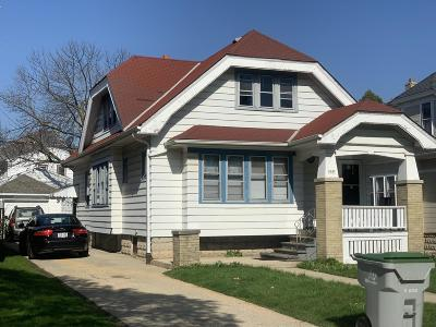 Milwaukee WI Single Family Home For Sale: $74,900