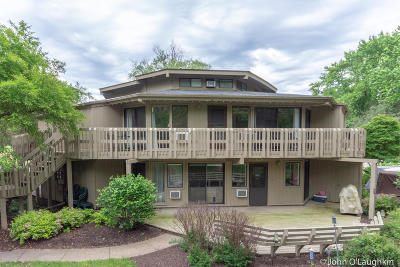 Fontana Condo/Townhouse Active Contingent With Offer: 701 Country Club Dr #H