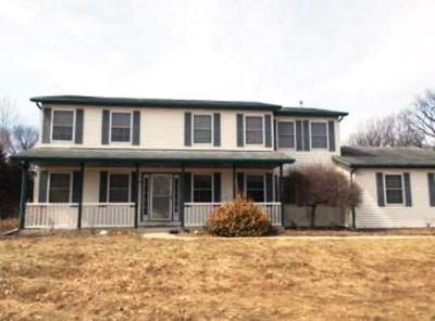 Mukwonago Single Family Home For Sale: W319s8917 Excelsior Ln