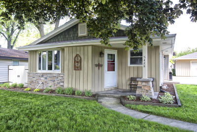 Greenfield Single Family Home Active Contingent With Offer: 5428 W Whitaker Ave