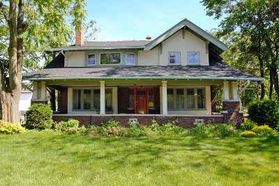 Milwaukee Single Family Home For Sale: 3316 W Wisconsin Ave