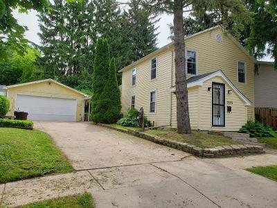 Delavan WI Single Family Home For Sale: $149,900