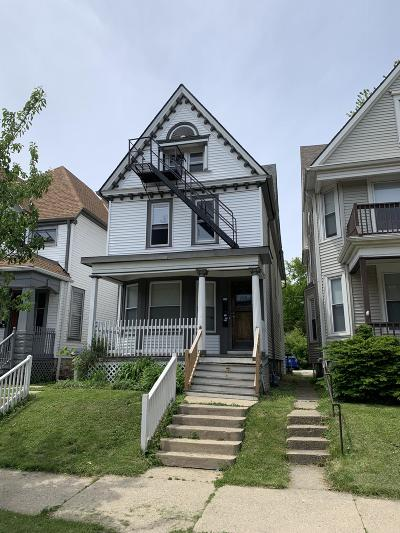 Milwaukee WI Multi Family Home For Sale: $278,900