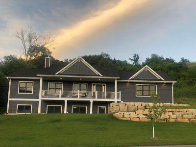 Onalaska Single Family Home For Sale: 940 Stonebridge Ave