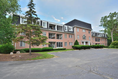 Elm Grove Condo/Townhouse Active Contingent With Offer: 12980 W Bluemound Rd #304