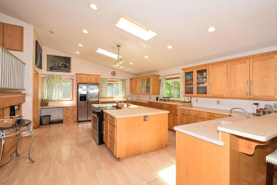 Mukwonago Single Family Home For Sale: W249s8250 Center Dr