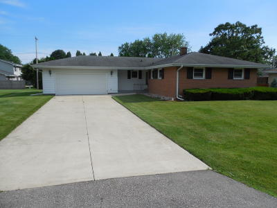 Pleasant Prairie Single Family Home Active Contingent With Offer: 5405 86th St