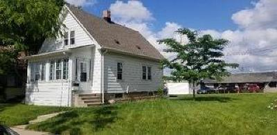 West Allis Single Family Home Active Contingent With Offer: 2208 S 55th St