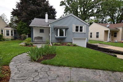 West Allis Single Family Home Active Contingent With Offer: 1021 S 103rd St