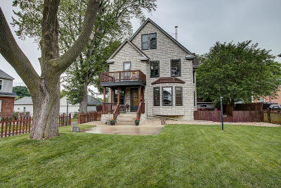 Milwaukee Single Family Home Active Contingent With Offer: 1514 E Warnimont Ave