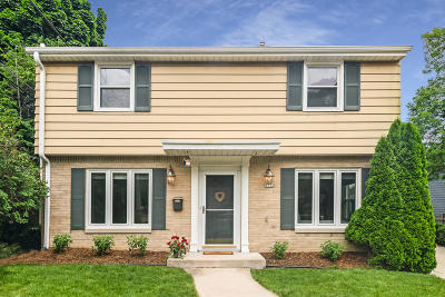 Whitefish Bay Single Family Home Active Contingent With Offer: 5712 N Lake Dr