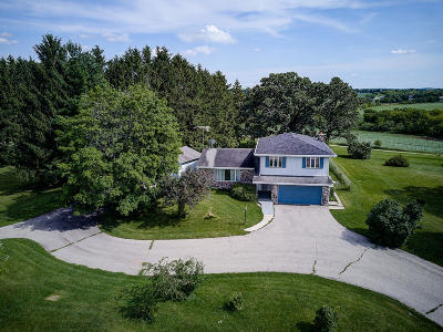 Lake Mills Single Family Home Active Contingent With Offer: W7173 Cth A