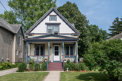 Waukesha Single Family Home Active Contingent With Offer: 717 N Hartwell Ave