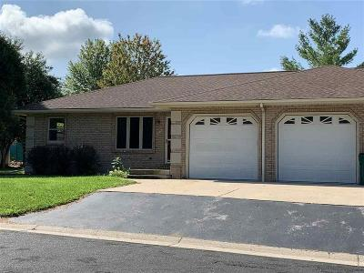 Fort Atkinson WI Condo/Townhouse For Sale: $189,900