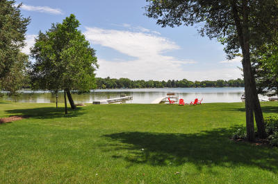 Single Family Home For Sale: W379s4761 Pretty Lake Rd