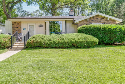 Genoa City Single Family Home Active Contingent With Offer: 40127 101st St