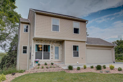 Port Washington Single Family Home Active Contingent With Offer: 631 W Pierre Ln