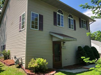 Sheboygan Single Family Home Active Contingent With Offer: 1412 N 16th St