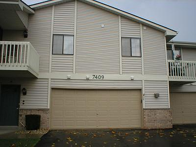 Kenosha Condo/Townhouse Active Contingent With Offer: 7409 98th Ave #1D