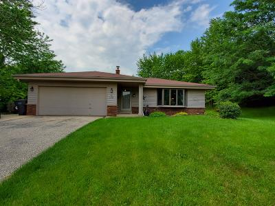Single Family Home For Sale: S86w31353 Meyer Dr