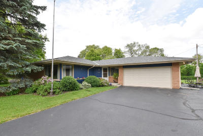 Brookfield Single Family Home For Sale: 14160 W Lisbon Rd