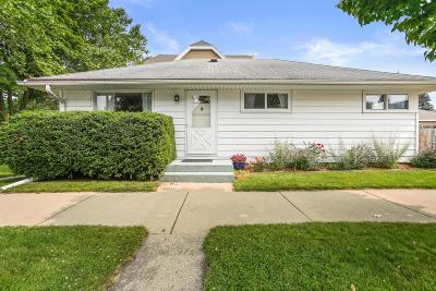 Milwaukee Single Family Home Active Contingent With Offer: 3734 S Brust Ave