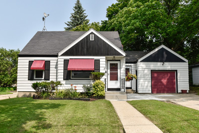 Milwaukee Single Family Home Active Contingent With Offer: 3964 S Kansas Ave