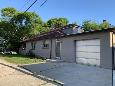 Sheboygan Single Family Home For Sale: 1419 N 4th St