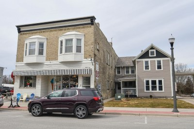 Dousman Multi Family Home For Sale: 133 N Main St