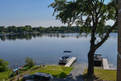 Oconomowoc Condo/Townhouse For Sale: 333 N Lake Rd #303