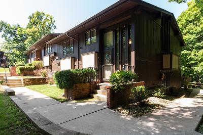 Lake Geneva Condo/Townhouse Active Contingent With Offer: 84 Red Chimney Rd #84-02