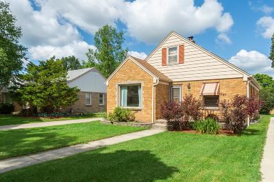 Milwaukee Single Family Home For Sale: 3327 N 96th St