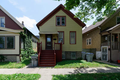 Milwaukee Single Family Home For Sale: 1911 W Grant St