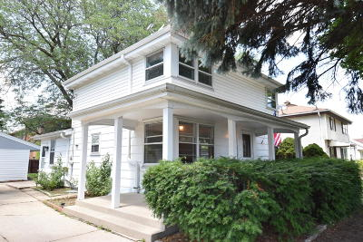 Milwaukee Single Family Home For Sale: 3563 S 25th St