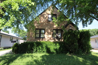 Milwaukee Single Family Home For Sale: 4849 N 105th St