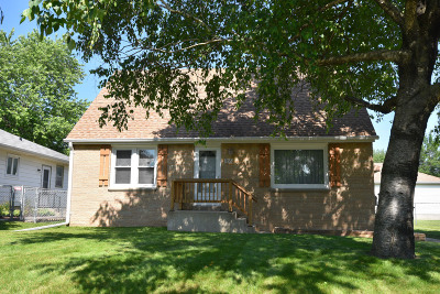 West Allis Single Family Home Active Contingent With Offer: 1128 S 102nd St
