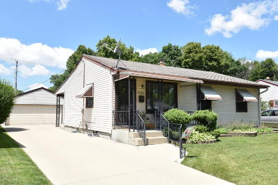 Milwaukee Single Family Home Active Contingent With Offer: 3757 S 48th St
