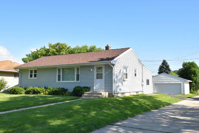 South Milwaukee Single Family Home Active Contingent With Offer: 508 Sherman Ave