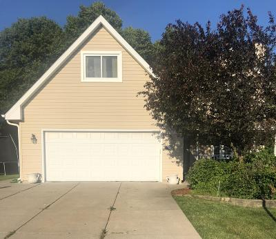 Oak Creek Single Family Home For Sale