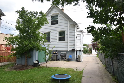 Milwaukee County Single Family Home For Sale: 5014 S Packard Ave