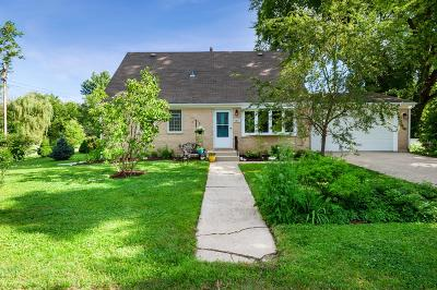 Genoa City Single Family Home Active Contingent With Offer: W894 Primrose Rd