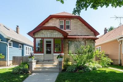 Milwaukee Single Family Home For Sale: 2718 S Linebarger Ter
