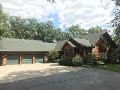Oconomowoc Single Family Home For Sale: 1922 Hickory Ct