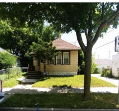 Milwaukee Single Family Home For Sale: 3520 N 3rd St