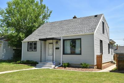 Milwaukee Single Family Home Active Contingent With Offer: 4852 N 61st St