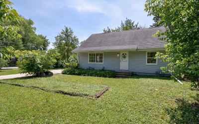 Hales Corners Single Family Home Active Contingent With Offer: 11613 W Woodside Dr